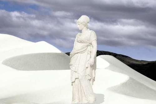 lots_wife_pillar_of_salt