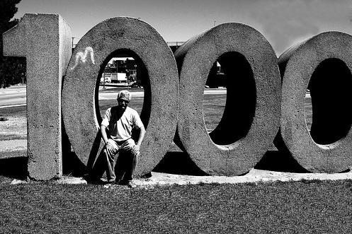 1000 blanco y negro